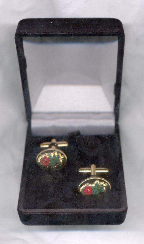 Rose croix cuff links